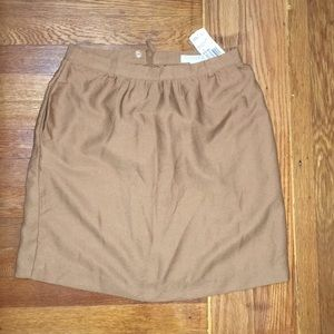 Brown midi skirt with pockets